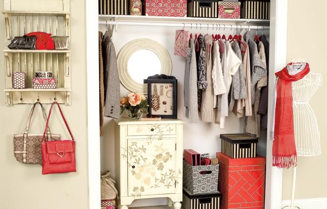 pink-closet-storage1.jpg